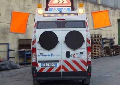 mezzi segnaletica stradale